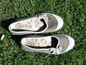 shoes-195079_1280